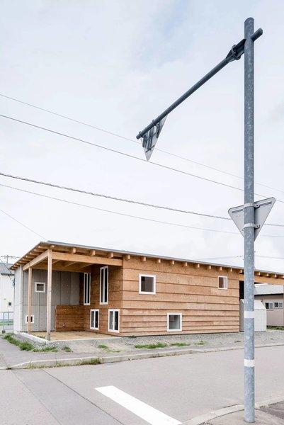 Photo 8 of R + R modern home