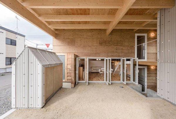 Photo 12 of R + R modern home