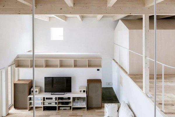 Photo 17 of R + R modern home