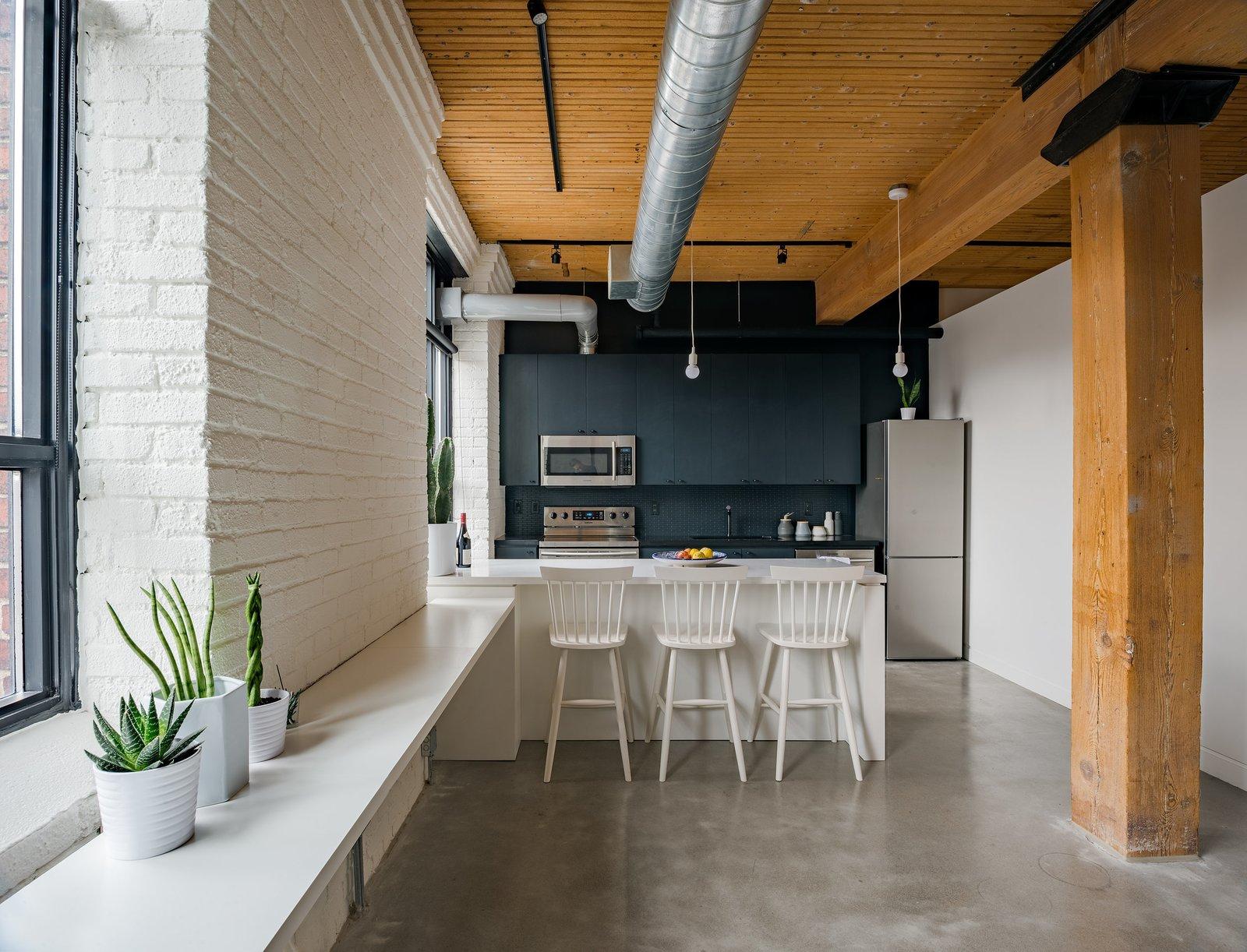 Kitchen  Broadview Loft by Leibal