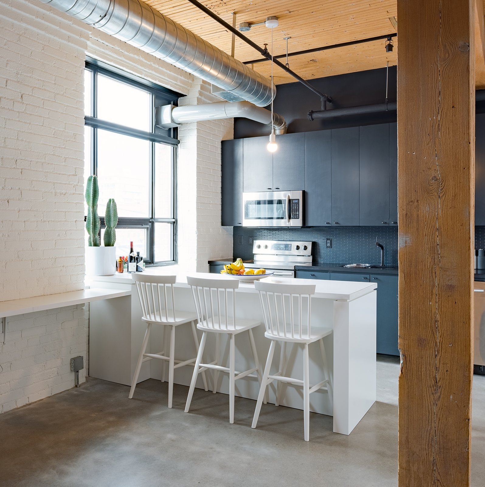 Kitchen  Broadview Loft by Leibal