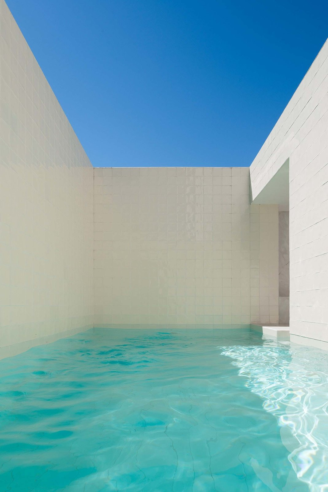 House in Alfama by Leibal