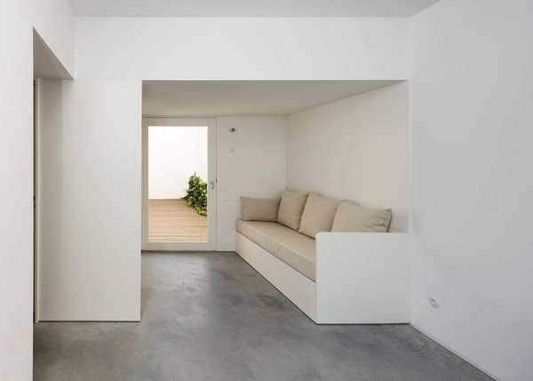 Photo 7 of House in Alfama modern home