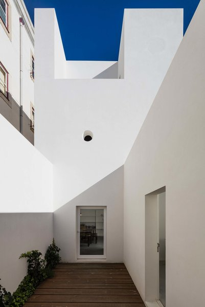 Photo 14 of House in Alfama modern home
