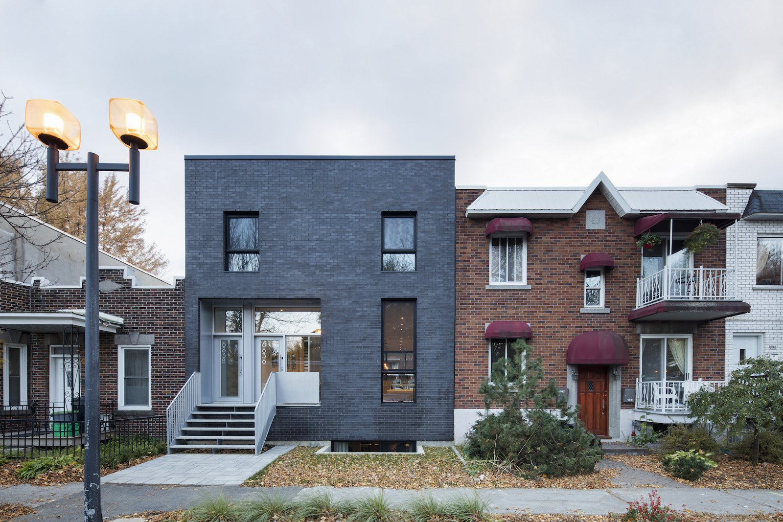 Front facade 1st Avenue Residence by Leibal