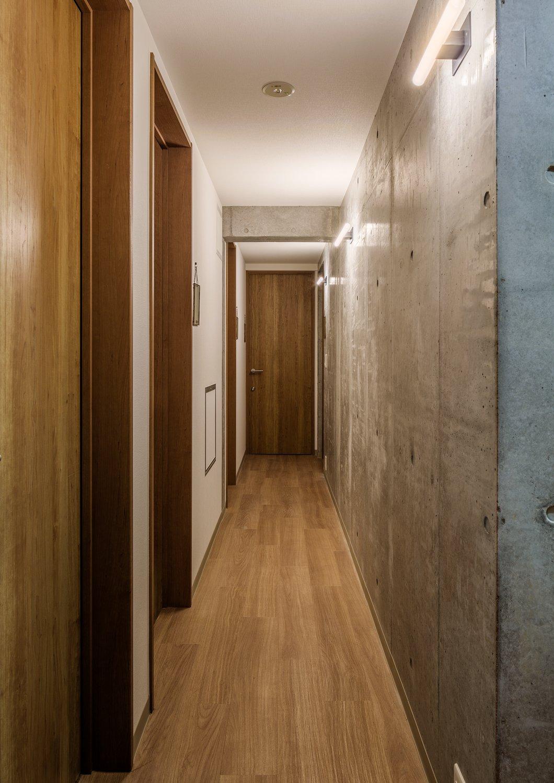Hallway  Roof Meidaimae by Leibal