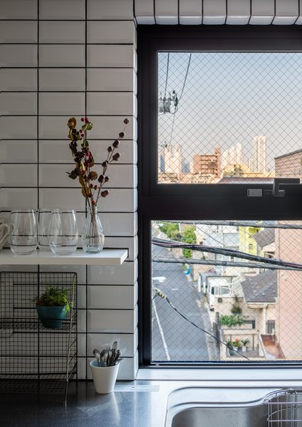 Photo 11 of Roof Meidaimae modern home