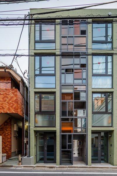 Photo 17 of Roof Meidaimae modern home