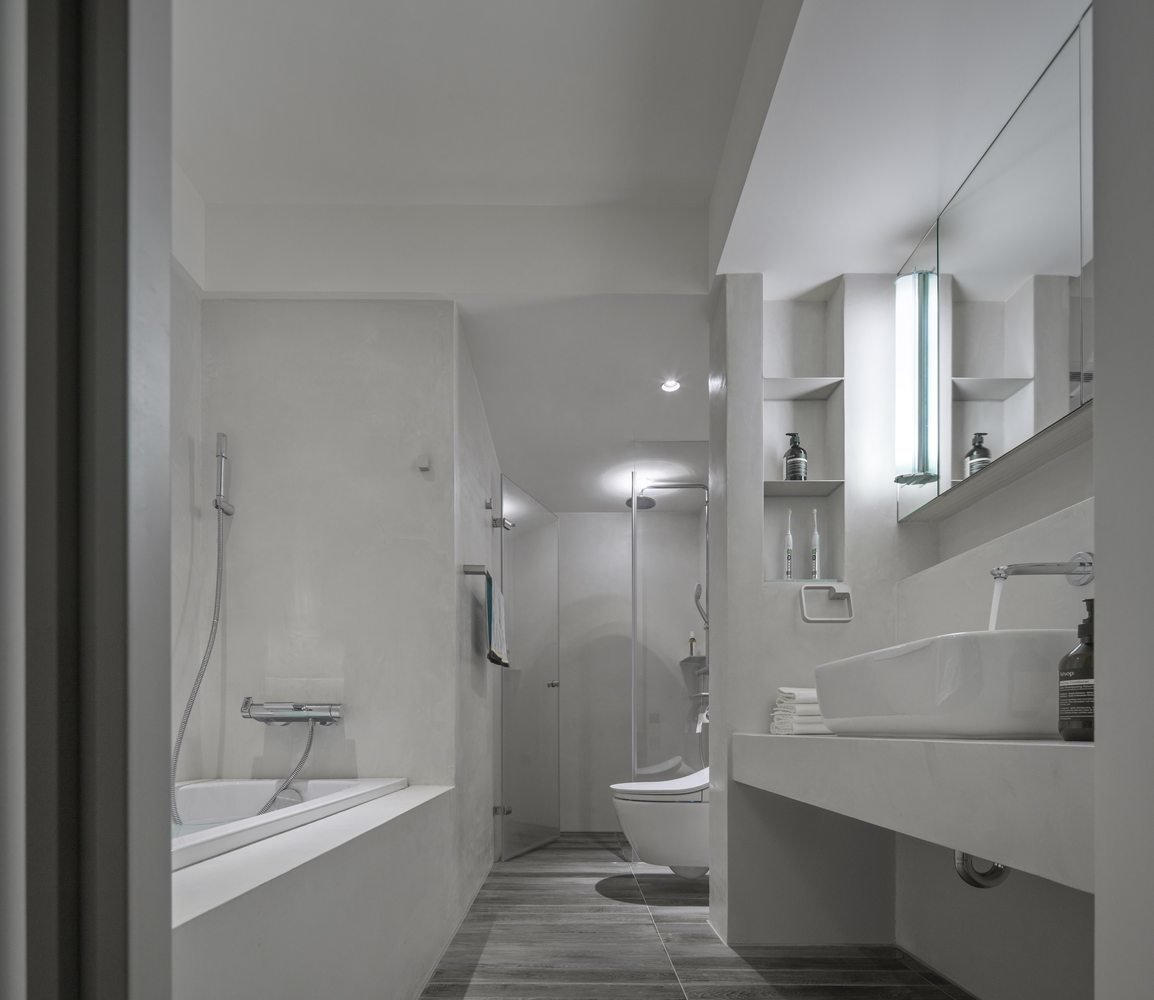 Tagged: Chair, Vessel Sink, and Bath Room.  Backlight Apartment by Leibal