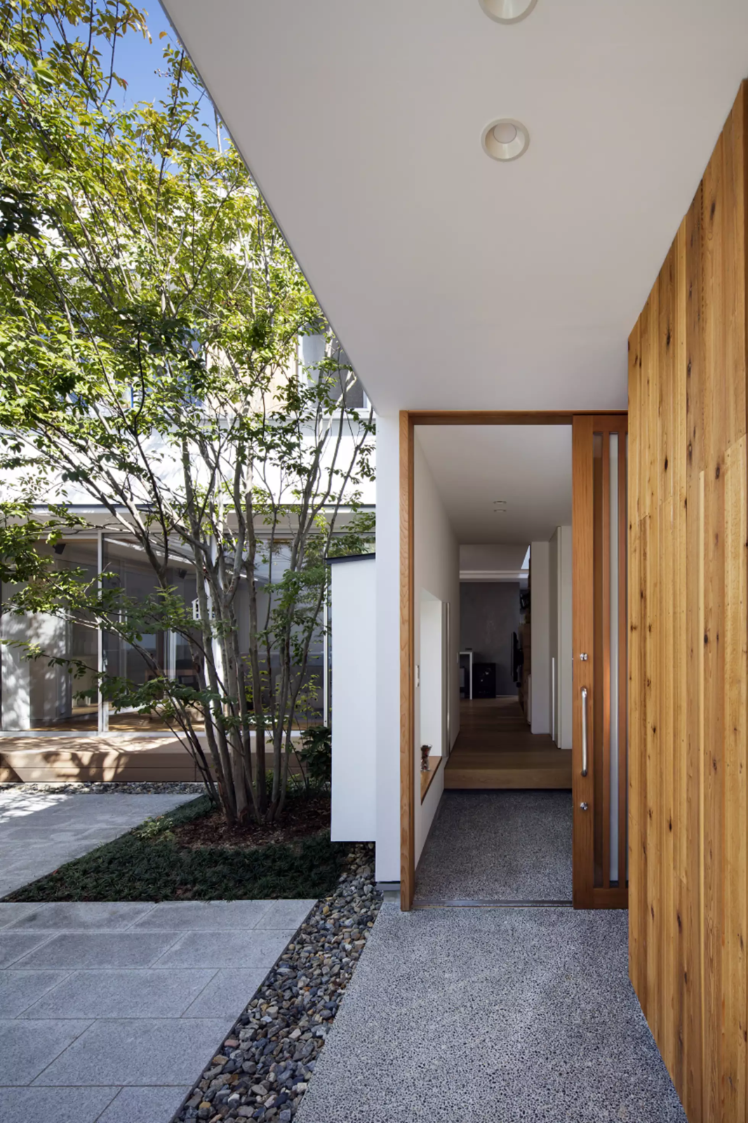 House in Mihara by Leibal
