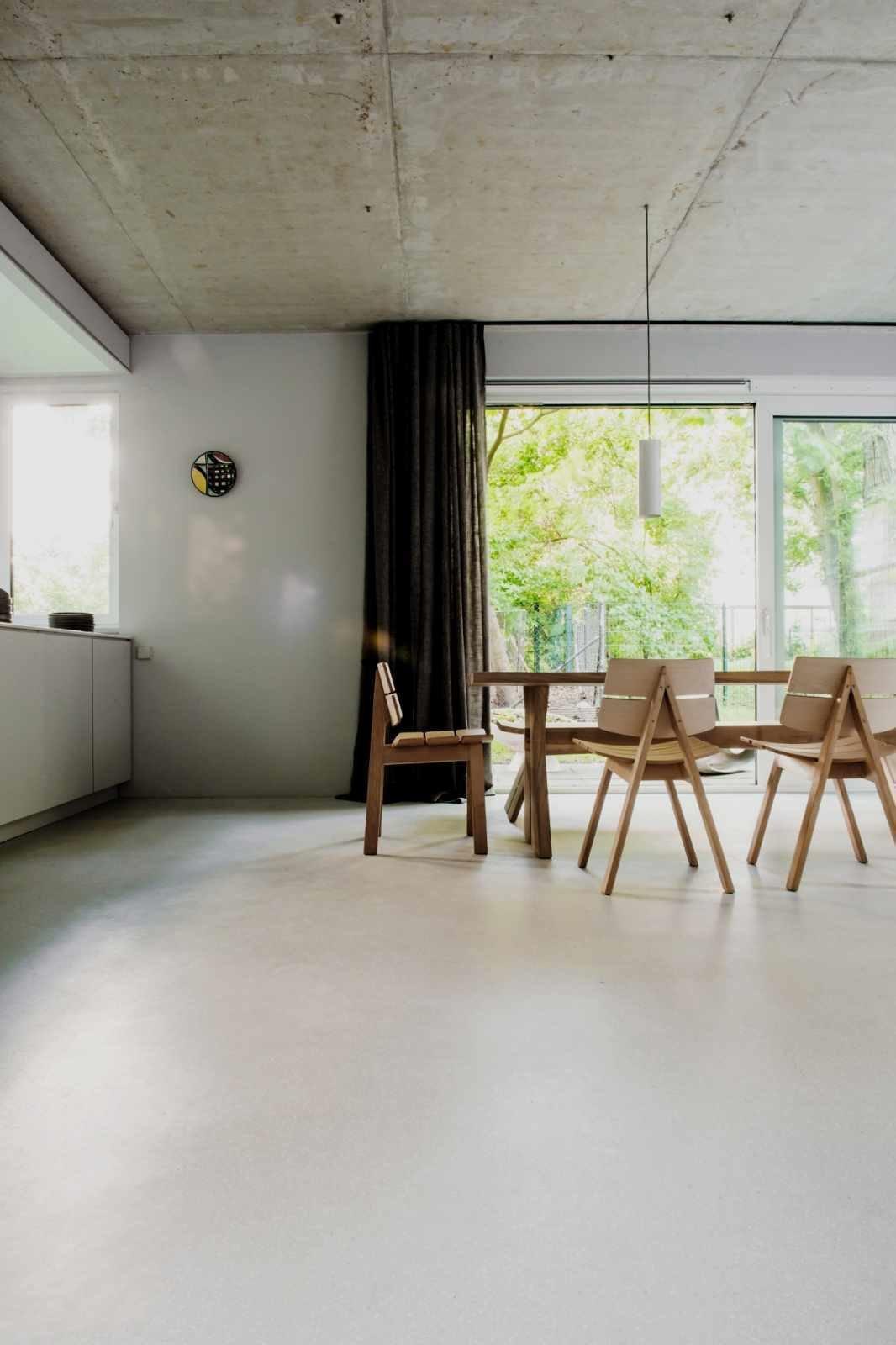 House on Prenzlauer Berg by Leibal