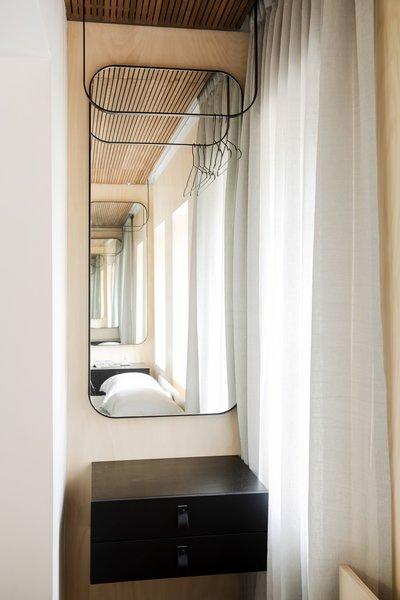 Photo 4 of Nano Pad modern home