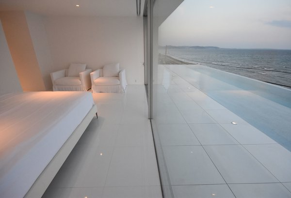 Photo 8 of Seaside House modern home