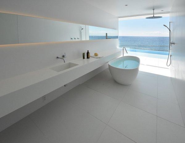 Photo 11 of Seaside House modern home