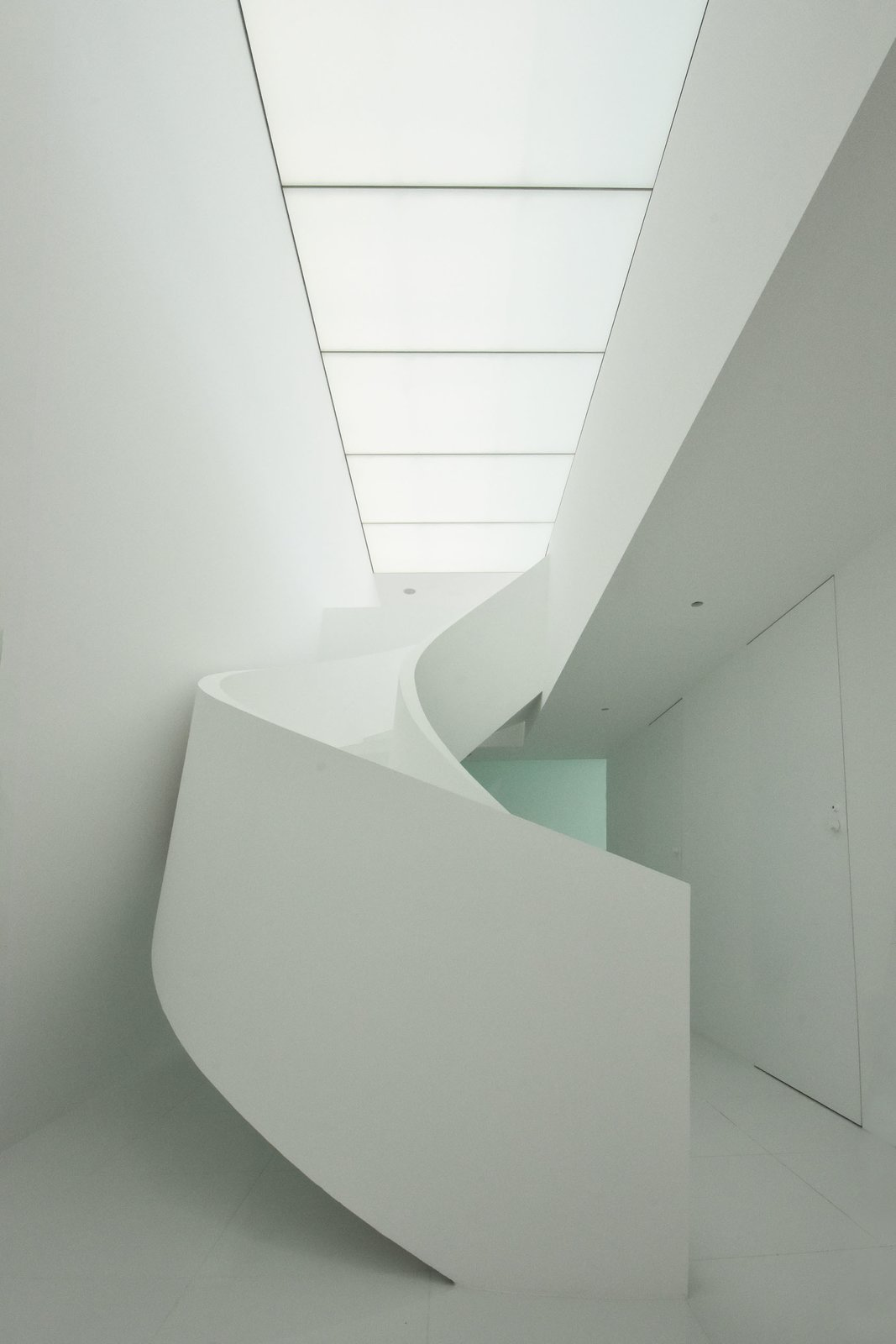Tagged: Staircase.  Seaside House by Leibal
