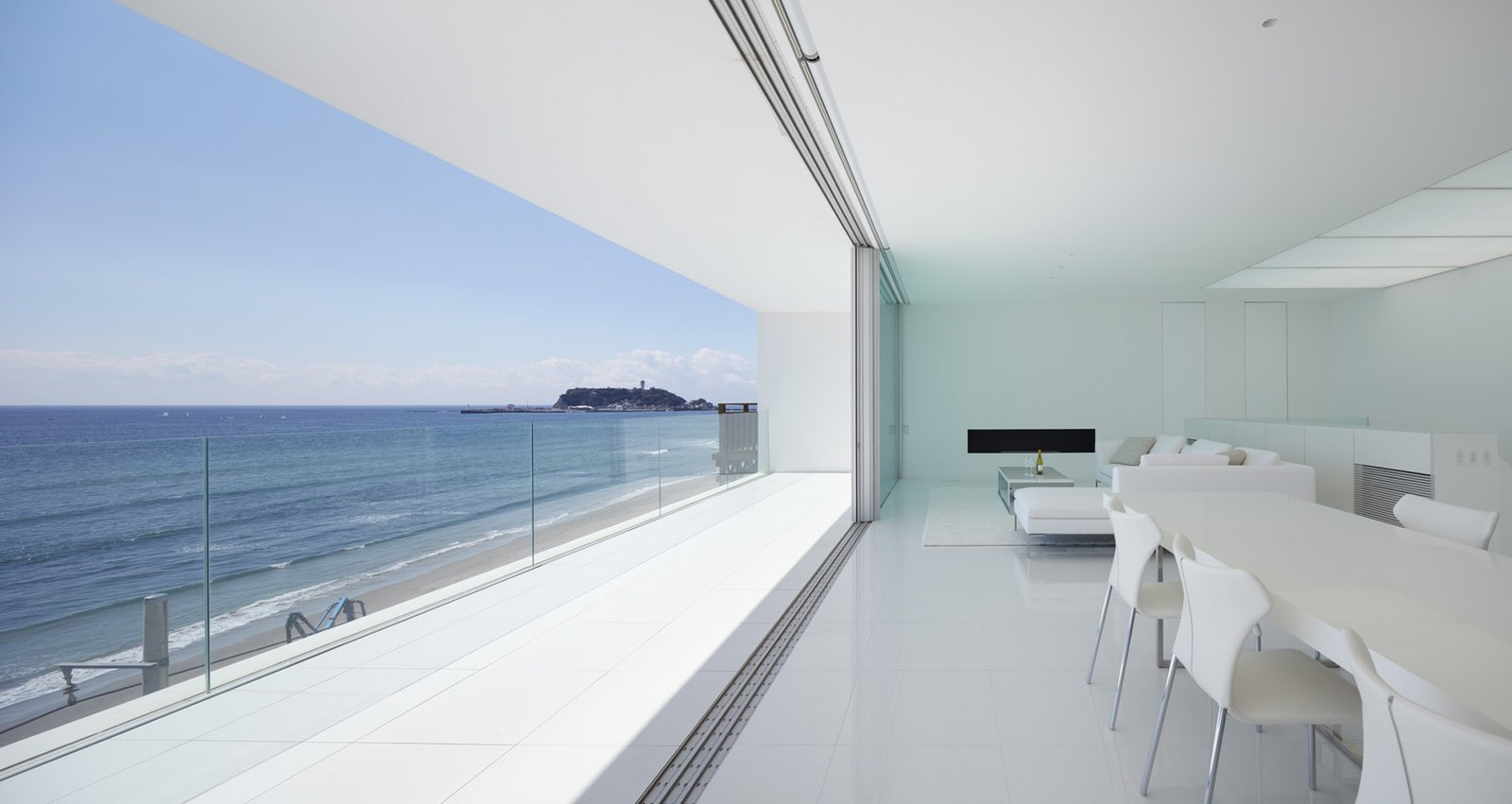 Seaside House by Leibal