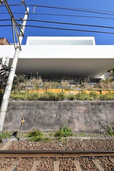 Photo 3 of Seaside House modern home