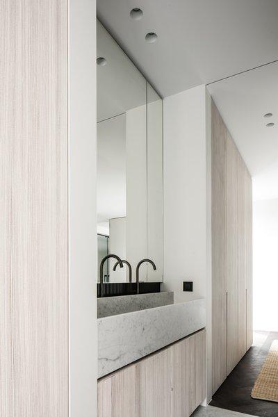 Photo 4 of Penthouse O modern home