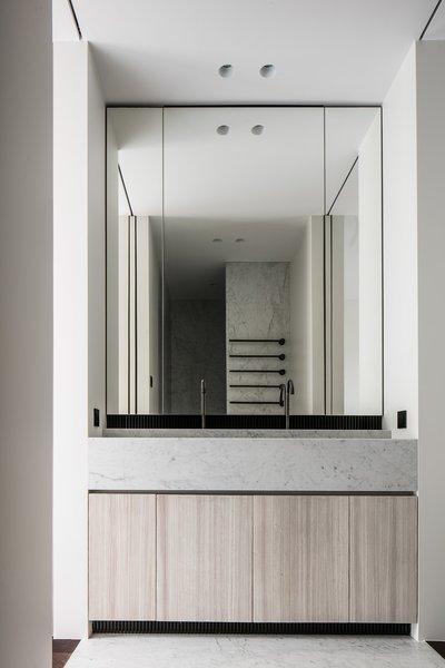 Photo 5 of Penthouse O modern home