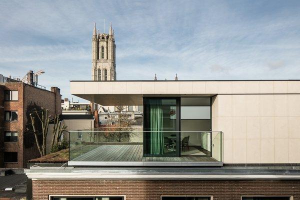 Photo 16 of Penthouse O modern home