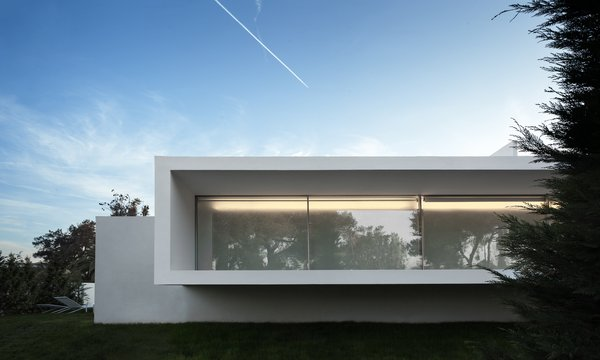 Photo 6 of Breeze House modern home