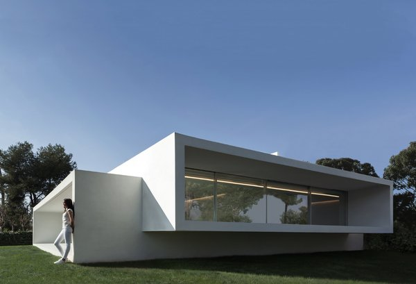 Photo 7 of Breeze House modern home