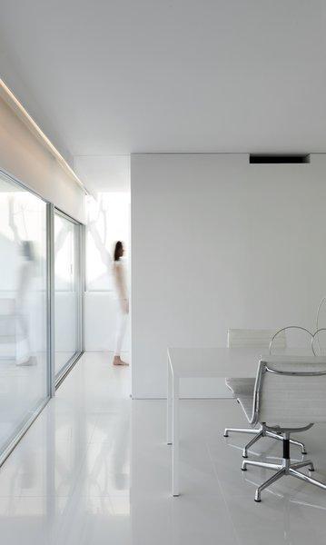 Photo 18 of Breeze House modern home