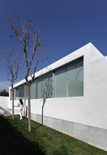 Photo 3 of Breeze House modern home