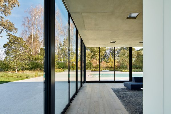 Photo 8 of OZ Residence modern home