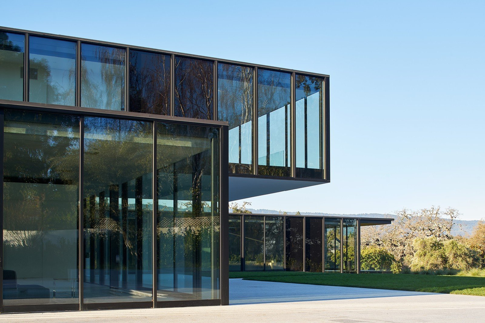 OZ Residence by Leibal