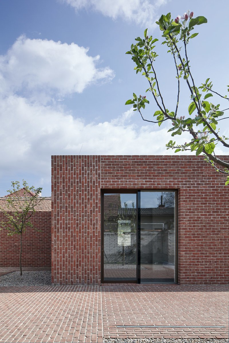 Brick Garden with Brick House by Leibal