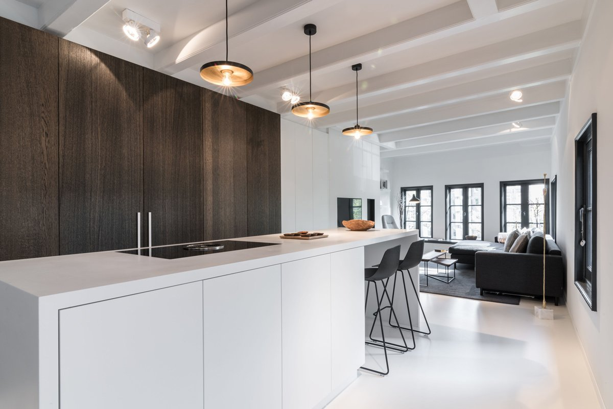 Tagged: Kitchen, Wood Cabinet, Engineered Quartz Counter, Cooktops, and Pendant Lighting.  Project CC by Leibal
