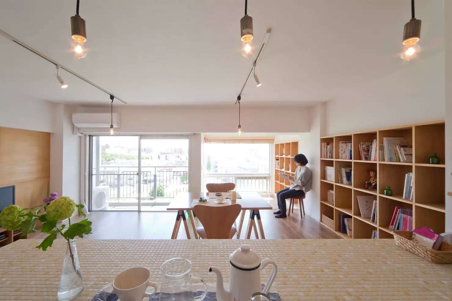 Book Cafe House by Leibal