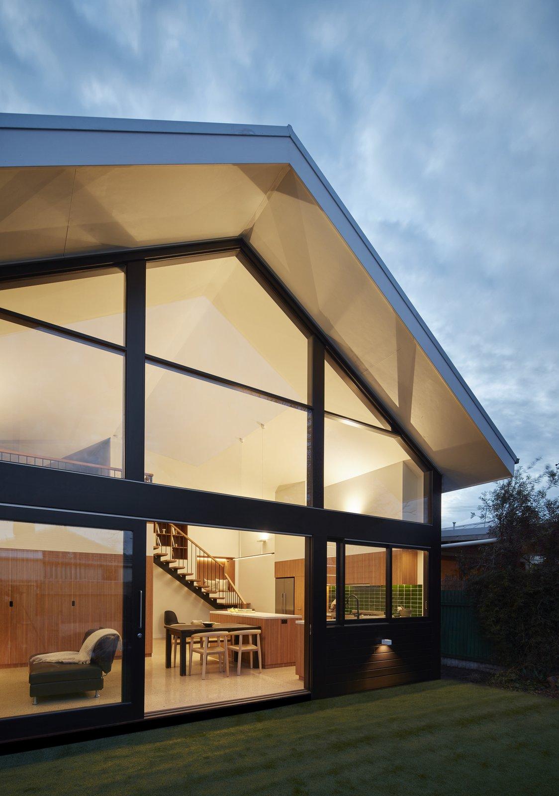 Kingsville Residence by Leibal