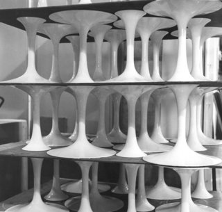 More pedestal bases awaiting marble tops for assembly, 1963. Photograph from the Knoll Archive.