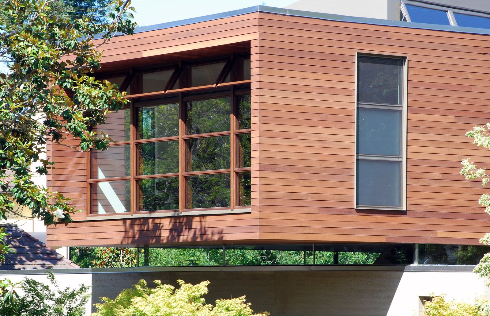 floating facade  Palo Alto Residence by CCS Architecture