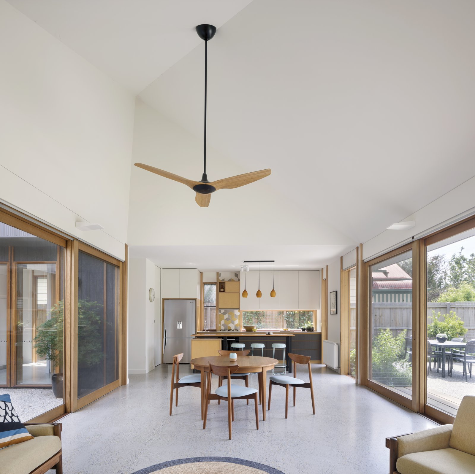 5 of 10 in A Family Home in Australia Features a Playful