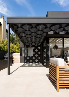 The Woman Who Grew Up in This L.A. Home Returned to Give it a Stunning Renovation - Photo 10 of 11 - A steel-and-redwood fabrication makes up the diamond shape of the trellis.