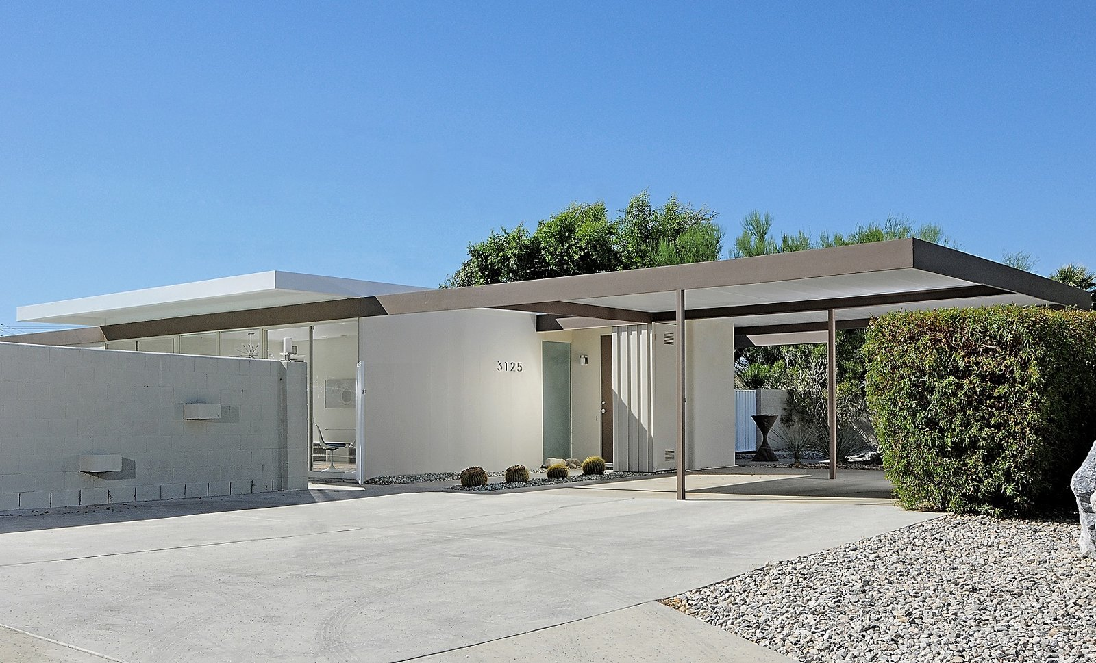 Wexler and Harrison's original plan was to create affordable vacation homes for a growing middle class. When this home first went on the market with the others in 1962, it was competitively priced between $13,000 and $17,000.