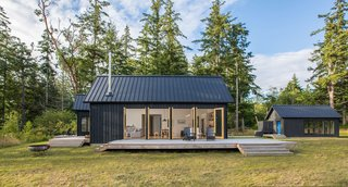 Dwell Community's Top 20 Homes of 2017 - Photo 11 of 20 - Architect: Prentiss + Balance + Wickline Architects, Location: Quilcene, Washington