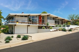 A Midcentury Home For Sale in L.A. That Was Originally Designed For a WWII Pilot