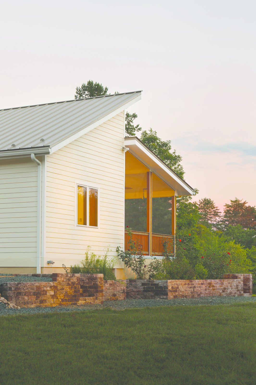 The Ridgeline model, like all homes from Deltec's Renew Collection, is pre-designed to maximize energy efficiency, and consumes 2/3 less energy than a typical home.