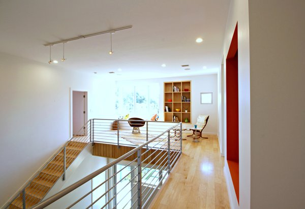Photo 8 of Bougainvillea House modern home