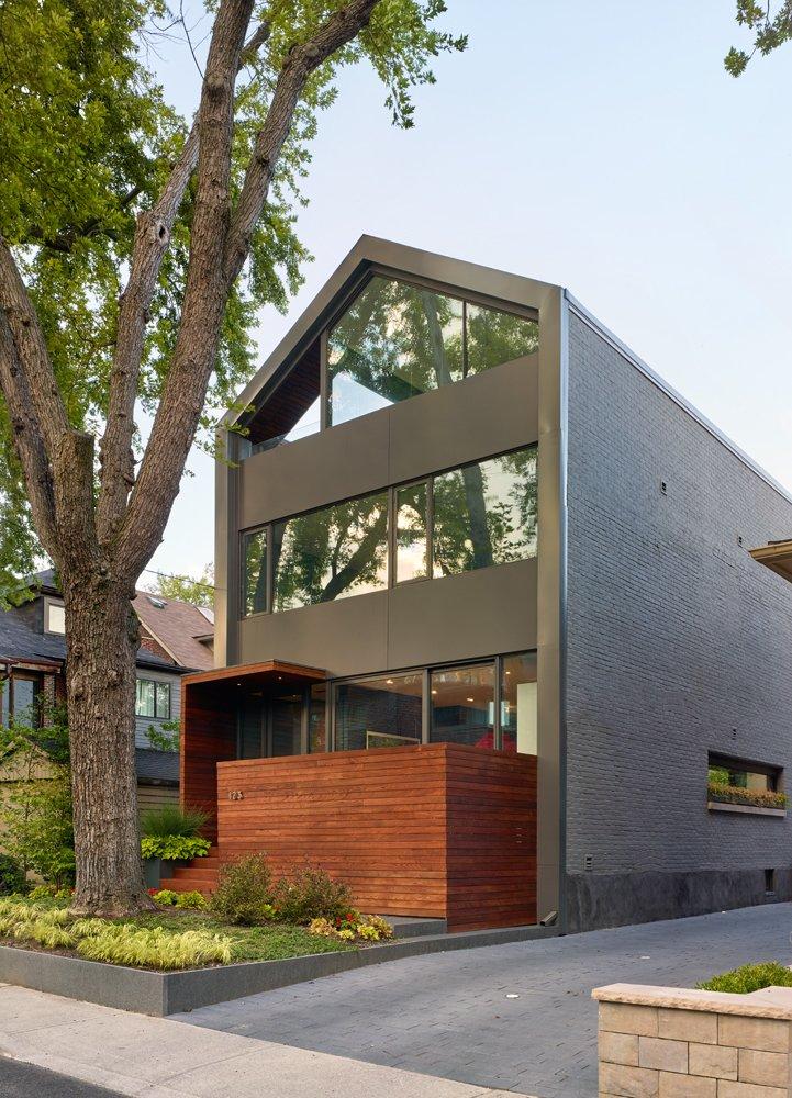 Skygarden House by DUBBELDAM Architecture + Design