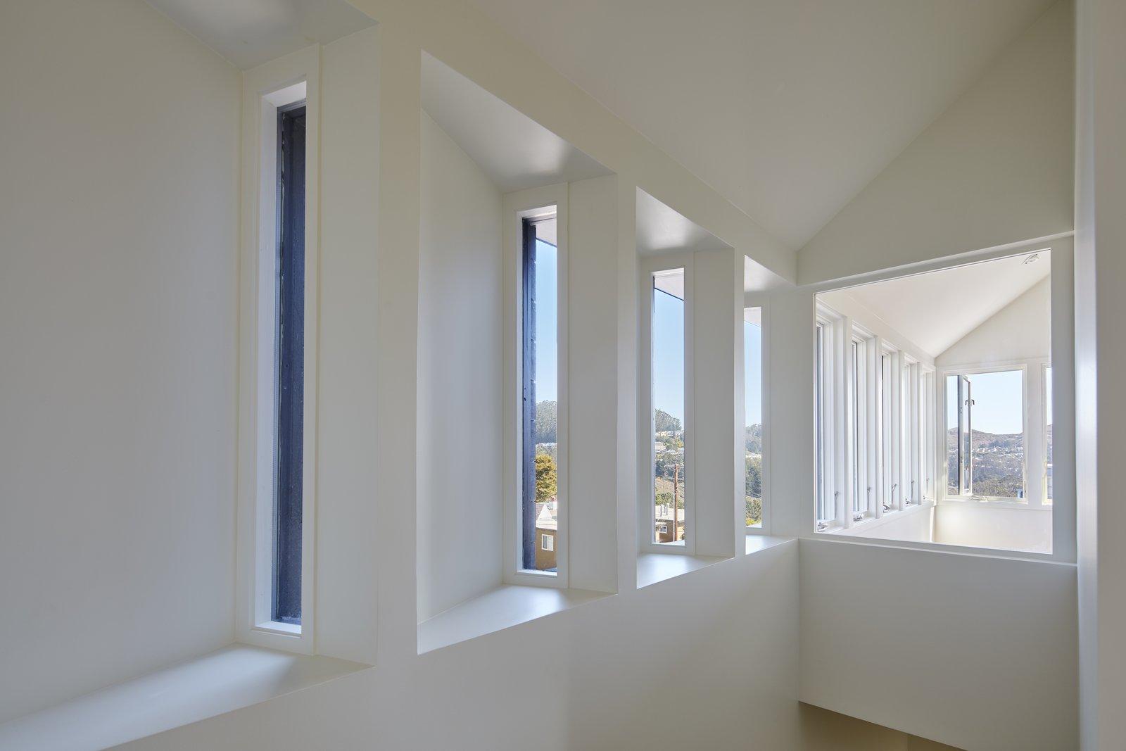SAWtooth Window A-to-Z House by Spiegel Aihara Workshop