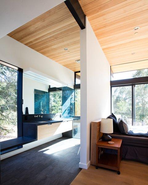 Sacramento Modern Residence by Klopf Architecture Photo 15 of Sacramento Modern Residence modern home