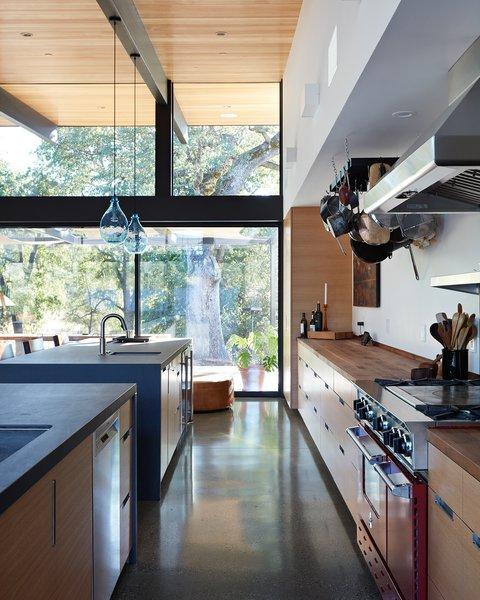 Sacramento Modern Residence by Klopf Architecture Photo 4 of Sacramento Modern Residence modern home