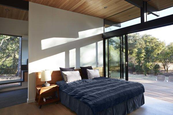 Sacramento Modern Residence by Klopf Architecture Photo 12 of Sacramento Modern Residence modern home