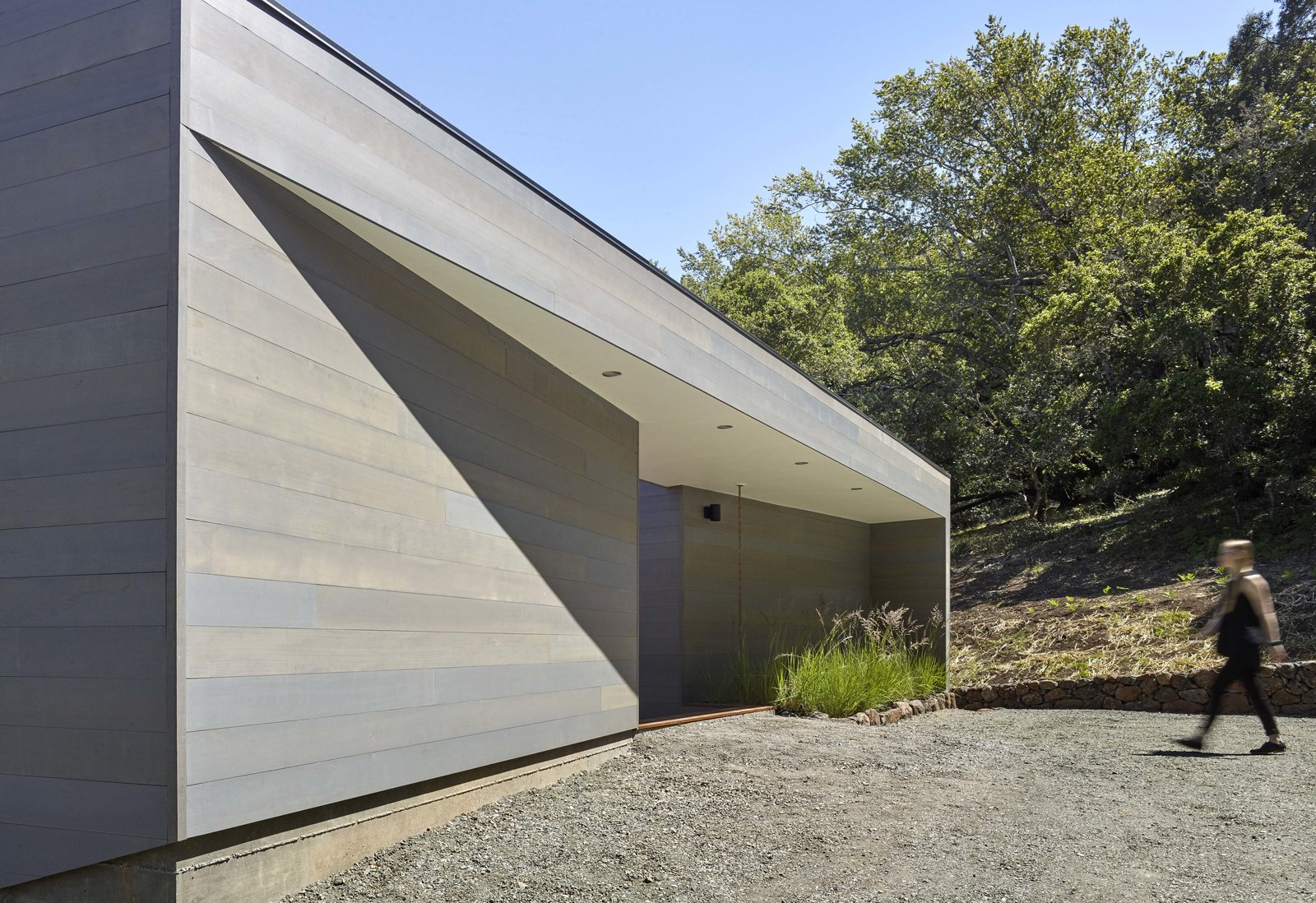 Entry Tagged: Exterior, House, Wood Siding Material, and Flat RoofLine.  Box on the Rock by Schwartz and Architecture