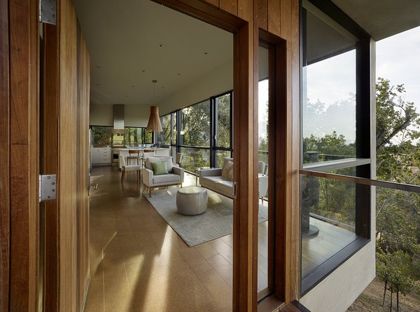 Photo 7 of Overlook Guest House modern home